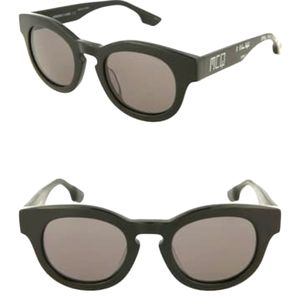 ALEXANDER MCQUEEN Core Sunglasses